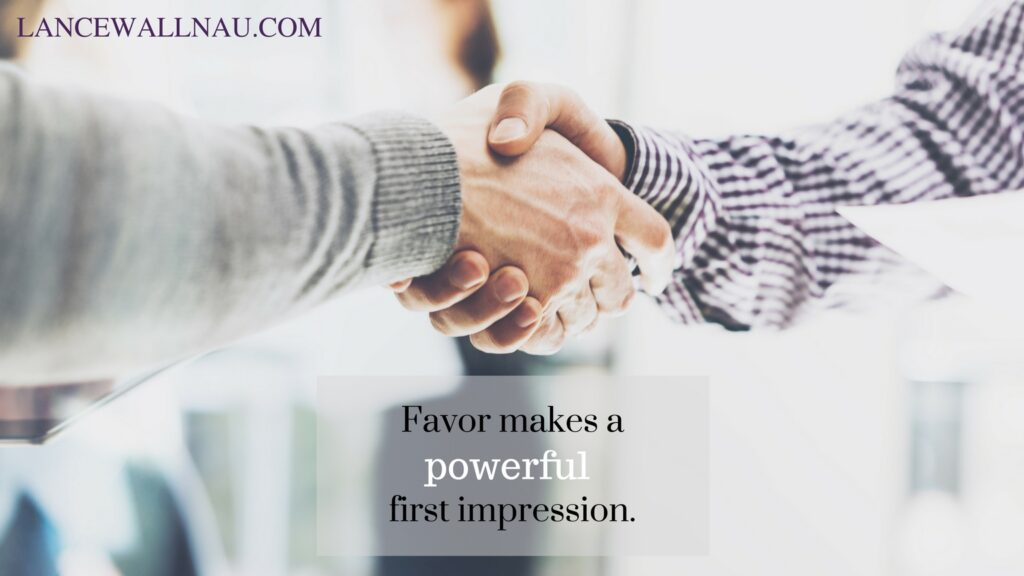 favor-makes-a-powerful-first-impression
